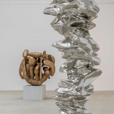 Tony Cragg It is, It isn't, 2014 Stainless steel 310 x 100 x 122 Photo: Charles Duprat